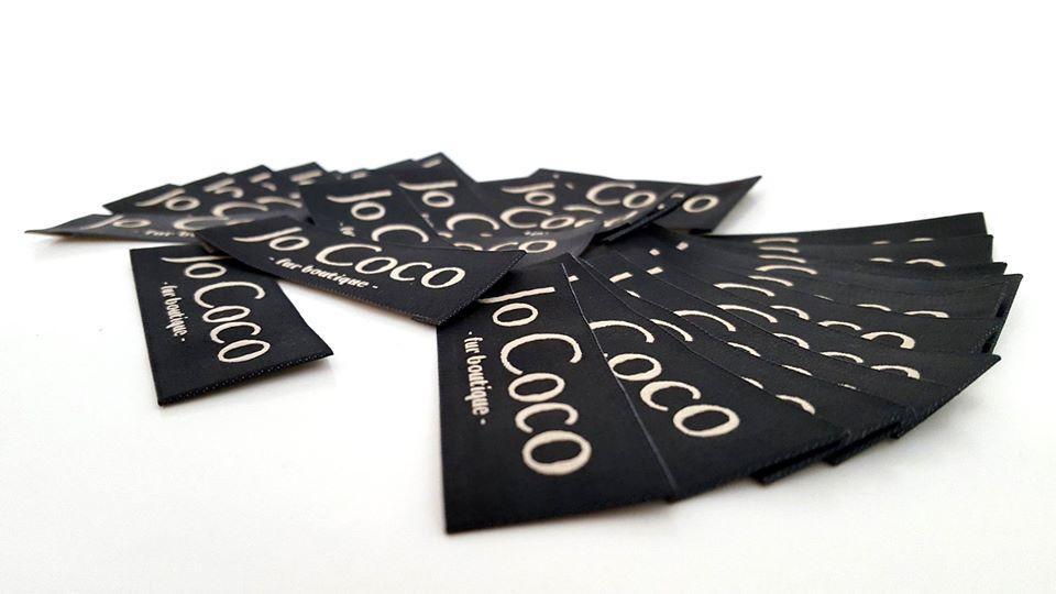 etichete textile personalizate brand la comanda
